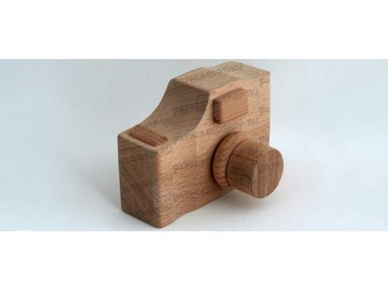 Сувенирный фотоаппарат из дерева с логотипом