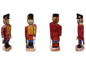 Щелкунчик - орехокол деревянный. Красный с круглой головой